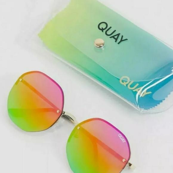 "Clear Case Quay Australia /""Atomic/"" Hexagonal Rainbow Lens Sunglasses  NWT"